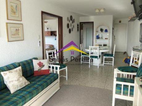 Venta Apartamento 3 Dormitorios, 3 Baños,  Península De Punta Del Este