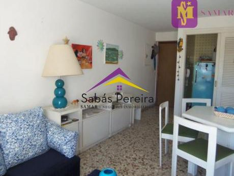 Apartamento De 2 Dormitorios En La Peninsula