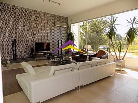 Casa En Punta Del Este, Playa Mansa