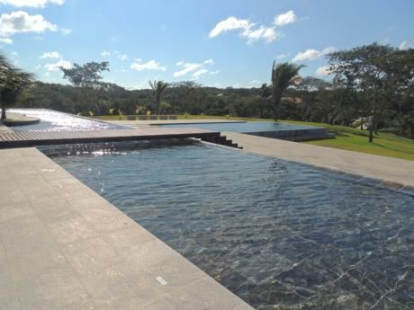 Hacienda Del Urubo 950 M2