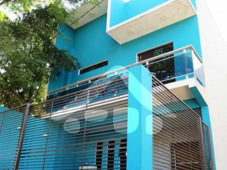 Vendo DÚplex Con Amplio DepÓsito En Ciudad Del Este