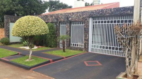 Vendo Hermosa Casa En Barrio San Isidro (km 6 1/2)