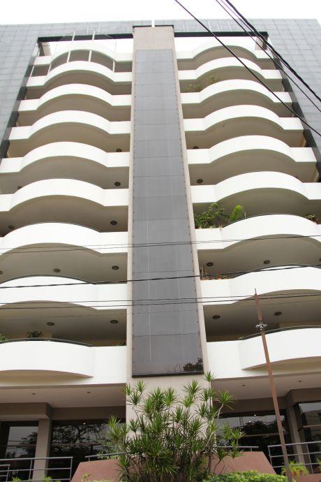 Edificio Mariscal - Amplio Departamento En Zona Céntrica - Asunción