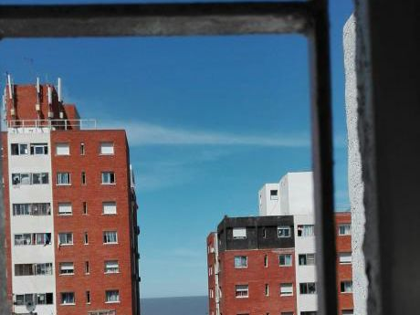 Ciudad Vieja:u$s 85.000 Apartamento Vendo O Permuto