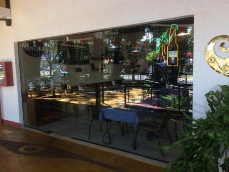 Alquilo Hermoso Local Gastronomico En Villa Morra