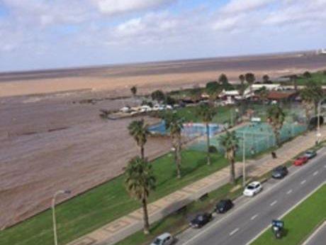 Rambla - Vista Al Mar! Apto En Venta De 3 Dorm + Serv, Gge