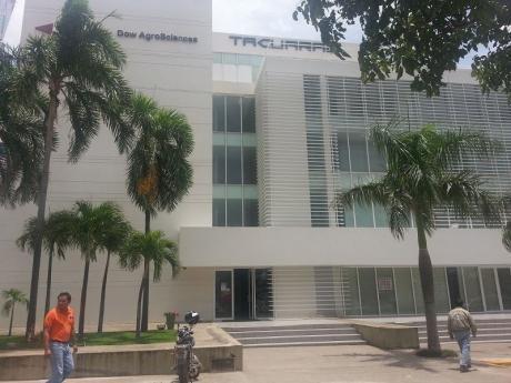 Zona Centro Empresarial Equipetrol Norte Alquilo Oficinas