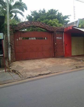 Vendo Casa En San Lorenzo, S/ Manuel Ortiz Guerrero. A 1 Cuadra De Fabrica Nico