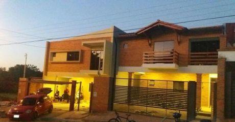 Vendo Dos Amplios Duplex A Estrenar, Muy Modernos...zona Garden.