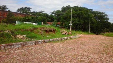 Vendo Hermoso Terreno En Zona Alta Y Residencial A Solo 200 Mts. De Asfalto!!!!