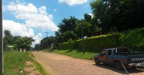 Vendo  Terrenos De 12x32 M2 En Villa Elisa En Inmediaciones De La Municipalidad