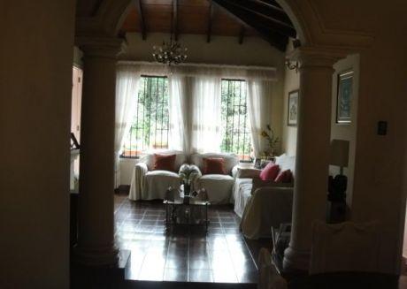 AsunciÓn / Hipodromo - Hermosa Casa De 3 Dormitorios
