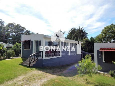 Casa En Venta En Playa Hermosa, Piriápolis