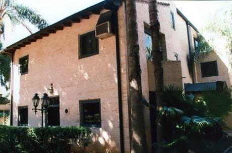 Residencia única, Ubicada Dentro Del Condominio Botánica II.