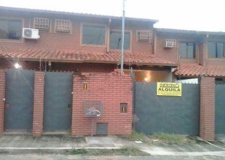 Un Duplex A Cdras De La Avda Mcal Lopez Y Club Centenario