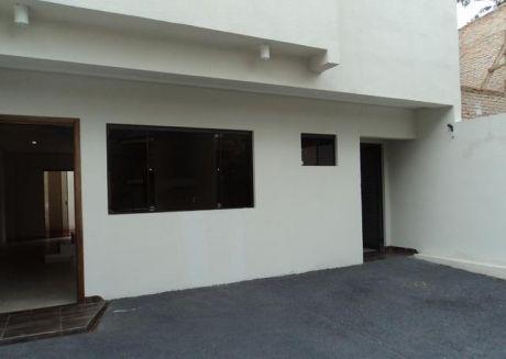 Un Duplex A Estrenar En San Vicente A 1 Cuadra De La Iglesia Coreana
