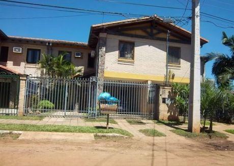 Un Duplex En Fernando De La Mora A Cdras De La Avda Mcal Lopez