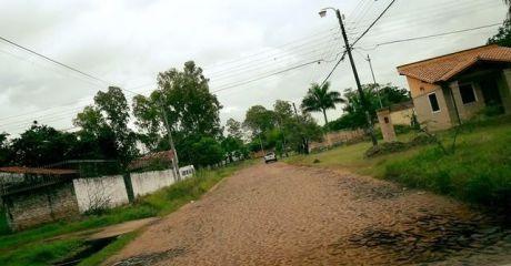 Vendo Hermoso Terreno De Calle A Calle  A 300 Metros De Ruta 2 Km 17-detrÁs De Fercap