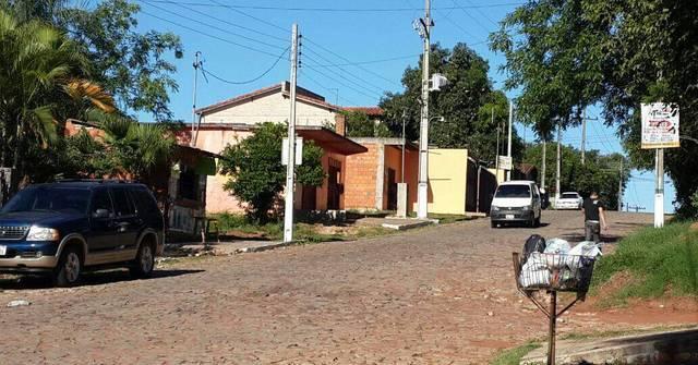 Atención Villa Elisa Oferto Propiedad De 5300 M2 Con Infraestructura Incluída A 100 M De Av. Von Polesky.