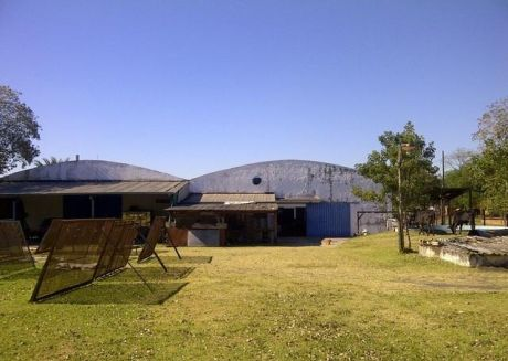 Terreno 3.000 M2 / Depositos 1.000 M2, Con Oficinas Y Sala De Reunión - Todos Los Planos Están Aprobados Por Las Instituciones Competentes.