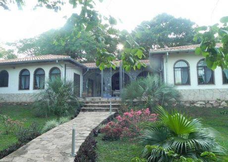 Hermosa Quinta Entre Altos Y San Bernardino