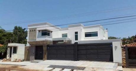 Vendo Mansion Zona Trinidad Se Escuchan Ofertas
