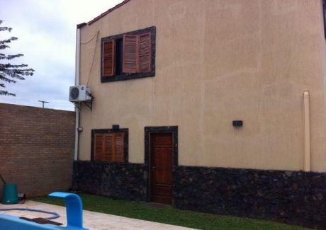 Hermosa Casa De 2 Plantas En Mariano Roque Alonso