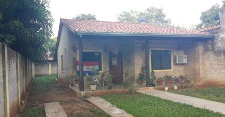 Atencion Luque Centro!!! - Hermosa Casa !!!