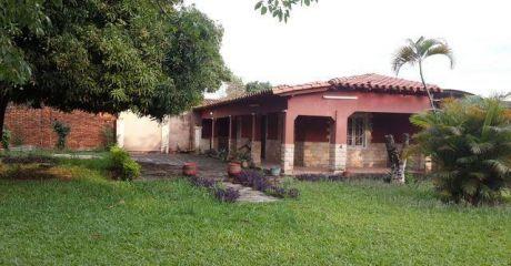 *** Casa En El Centro De San Lorenzo ***