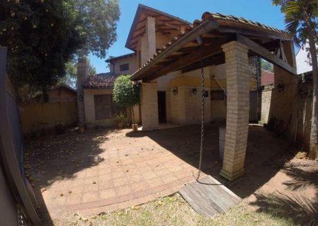 Alquilo Amplia Casa A 4 Cuadras De Mariscal Lopez, Zona Villa Olimpia