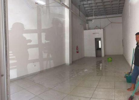 Alquilo Local Comercial En Villa Morra - UbicaciÓn Exclusiva