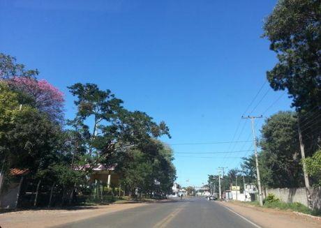 En Sinalco-envapar Oferto 3 Terrenos De 12 X 47 M2 S/ Empedrado