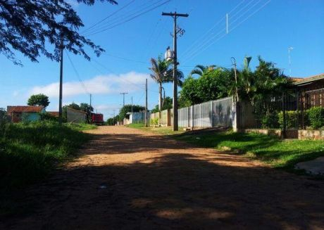 Oferto 5 Hermosos Terrenos De 372 M2 C /u , S/empedrado En Mra  A Solo 100 Metros De La Transchaco ,lugar Alto-residencial Una Belleza!!!
