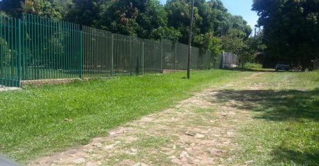 Oferto En Mra Zona Concordia , Unico Lote S/empedrado A 100 Metros De Asfalto