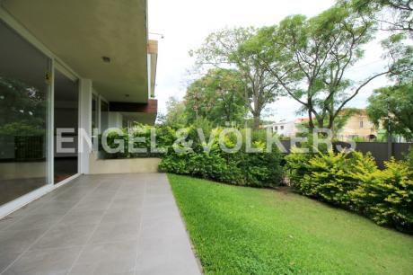 Apartamento En Alquiler 3 Dormitorios Con Jardín En Punta Gorda