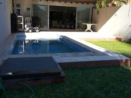 Vendo Casa Pareada En Bo. San Cristobal