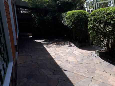 Padron Unico Con Garage Y Jardin