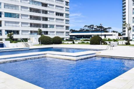 Apartamento En Punta Del Este - Playa Mansa - Lincoln Center