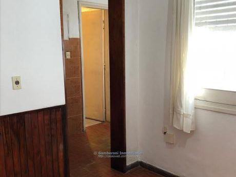 Apartamentos En La Comercial