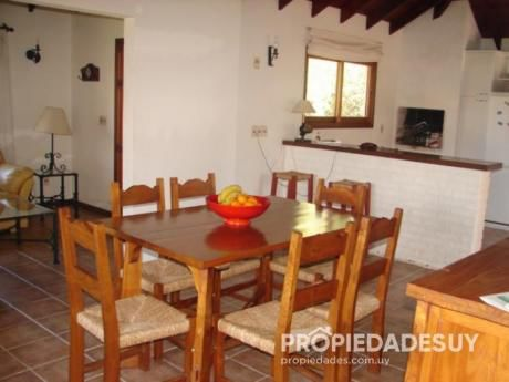 Casa En Alquiler De 3 Dormitorios - 2 Baños En Punta Del Este