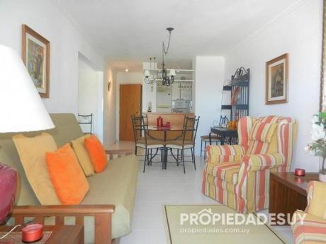 Pni - Departamento En Alquiler De 1 Dormitorio Y Medio - 1 Baños En Punta Del Este