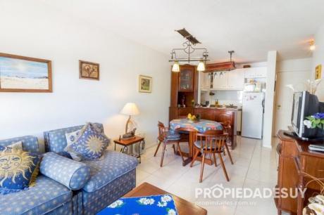 Pni - Departamento En Alquiler Y Venta De 1 Dormitorio - 1 Baños En Punta Del Este