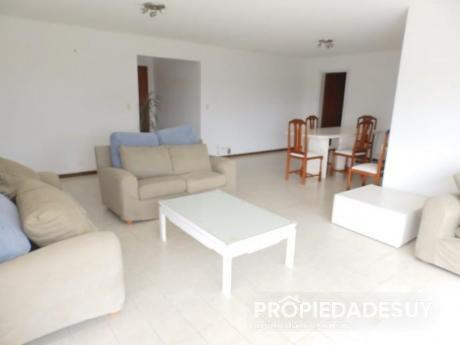 Pni - Departamento En Venta De 3 Dormitorios - 2 Baños En Punta Del Este