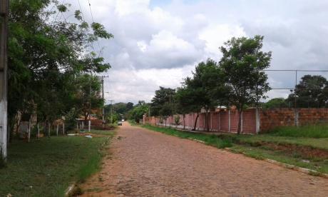 Terreno En Venta En Luque - Barrio Arbolada