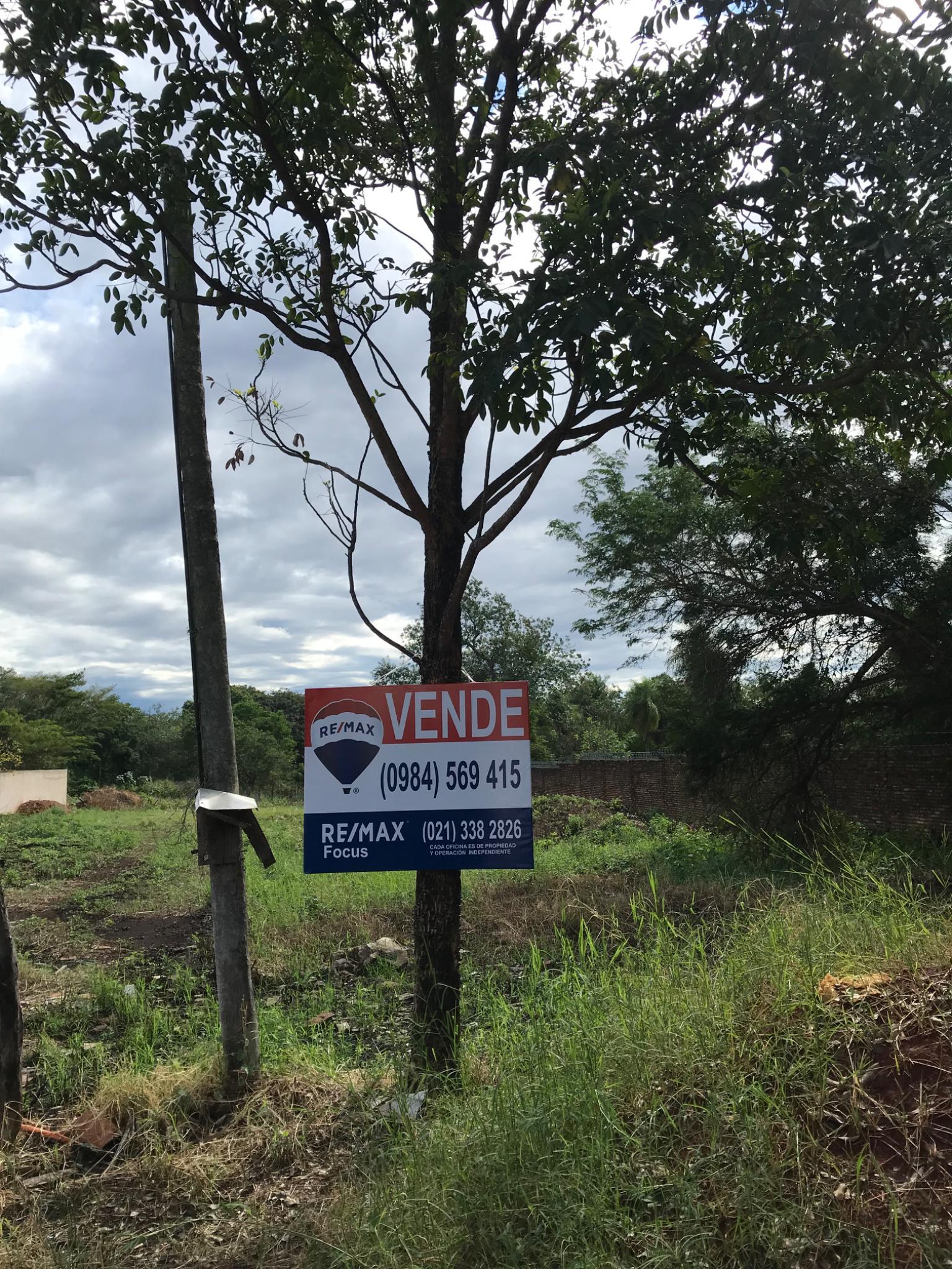 Amplio Terreno Zona Condominio Las Piedras