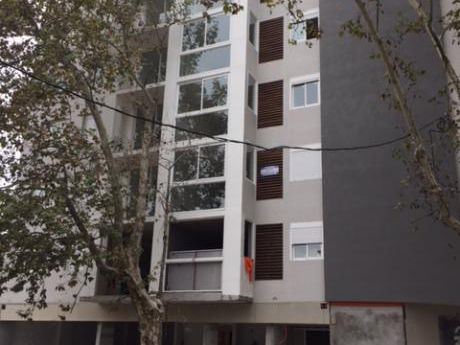 Apartamentos En Tres Cruces