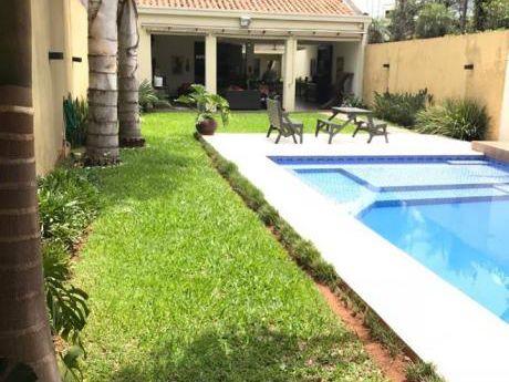 Vendo Casa Toda En Plata Baja. Zona Club Centenario