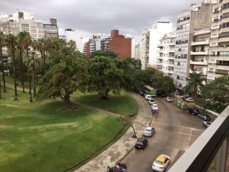 Venta Apartamento Pocitos Frente Al Parque Villa Biarritz