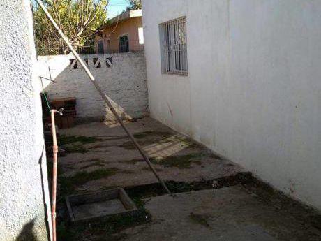 Cerdeña - A 1 Cuadra De Ruta 8 - Punta De Rieles