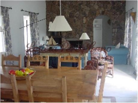 Casas En Manantiales: Lpc10003c